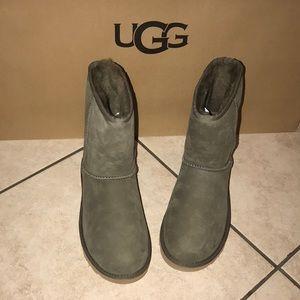 WOMENS UGG SHORT CLASSIC BOOTS #7